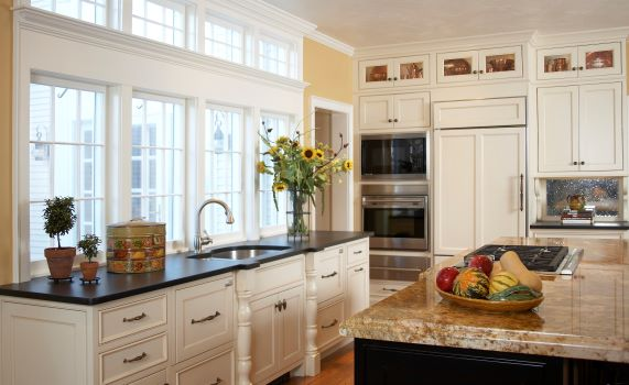 White is a kitchen remodeling choice you won't regret