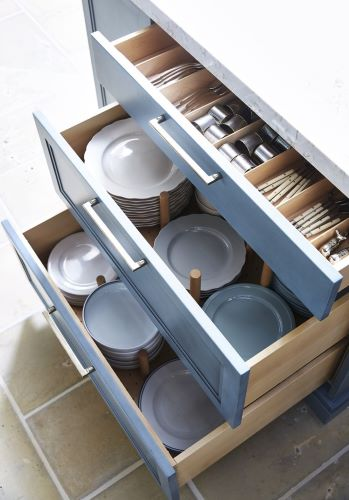 In-drawer storage includes deep drawers