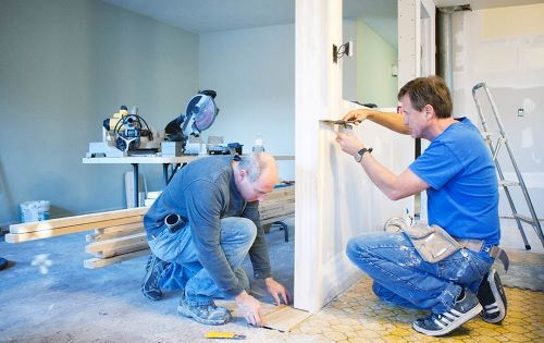 kitchen remodeling contractor at work